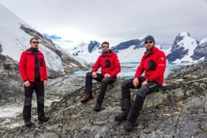 komanda_Antarktida mazs